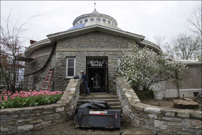 Cincinnati Zoo Reviving Original Building Toledo Blade