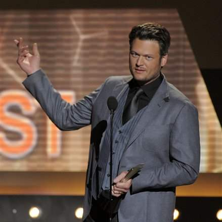 2012-ACM-Awards-Show-male-vocalist-Blake-Shelton