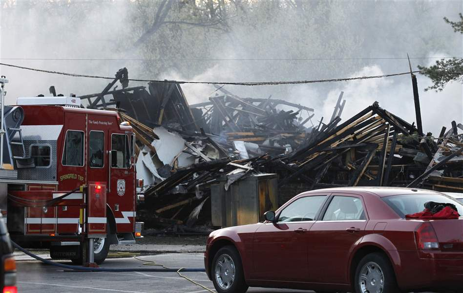 Arson-blamed-for-deadly-blaze-at-Springfield-Twp-apartments