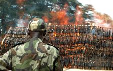 Africa-Kony-Children-arms-fire