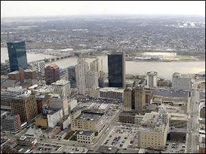 Census data show 3,375 people have left the city of Toledo since 2010.