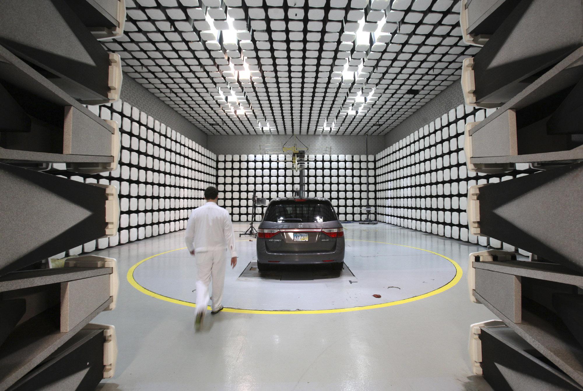 Honda Columbus Ohio >> Honda opens doors for rare glimpse into Ohio R&D center ...