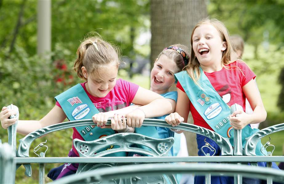 girl scouts mark 100 years with a night at the museum