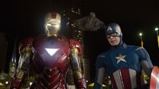 Film-Review-The-Avengers-Iron-Man-Cap