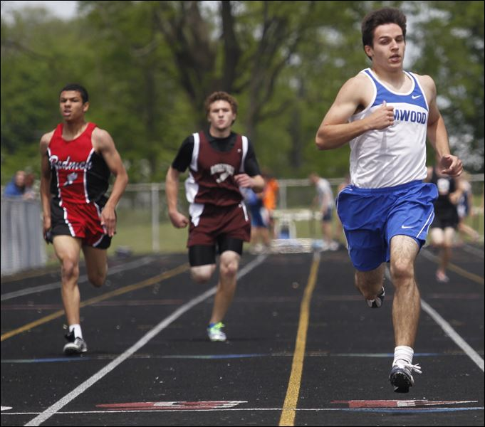 pemberville single girls Pemberville — eastwood's boys and girls track teams are both closing in on two straight decades of winning league titles despite both teams facing hardships heading into this season, the respective squads have little doubt in their abilities moving forward we have used your information to see.