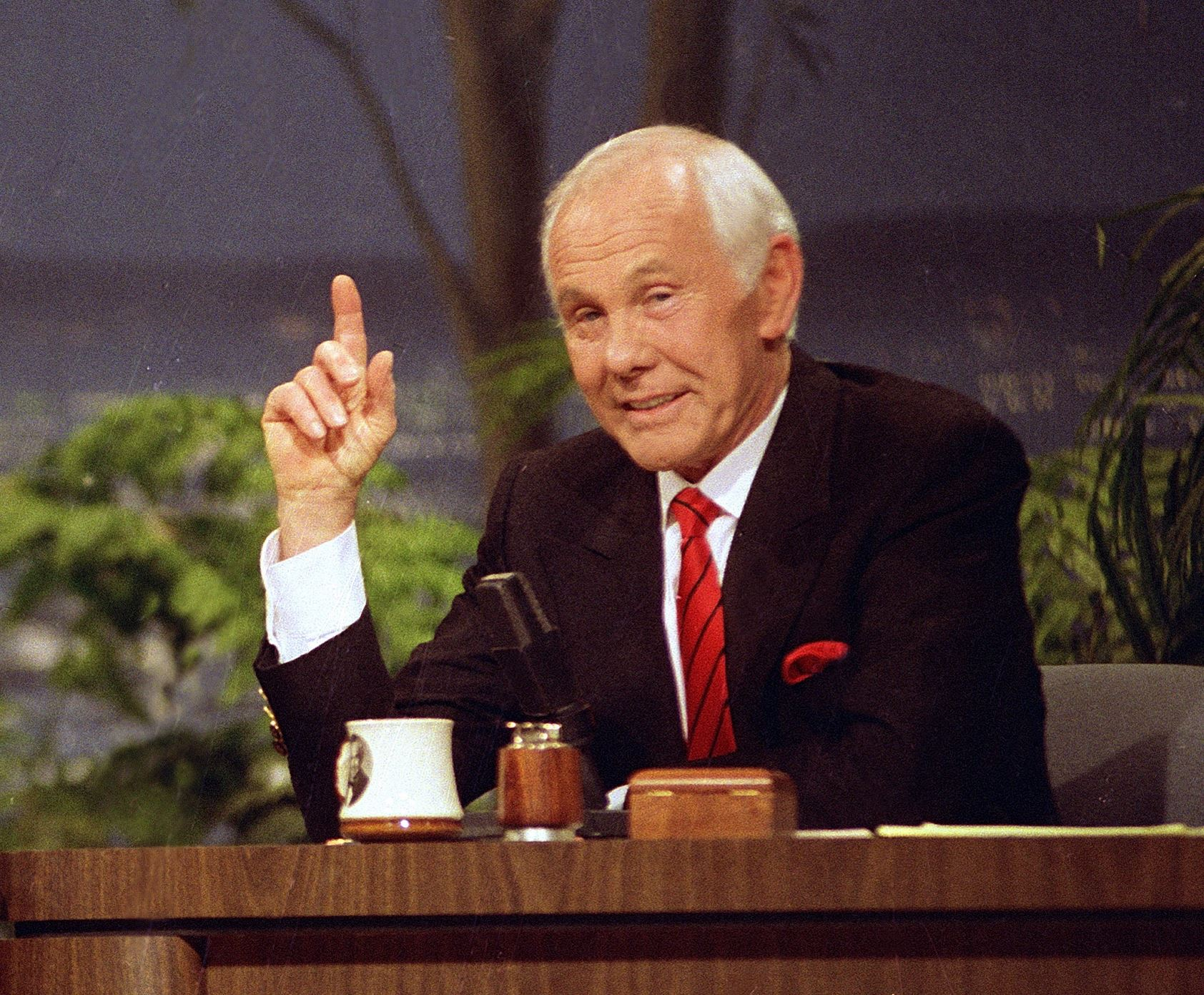 Johnny carson hosted his last episode of the tonight show ... |Johnny Carson Final Tonight Show