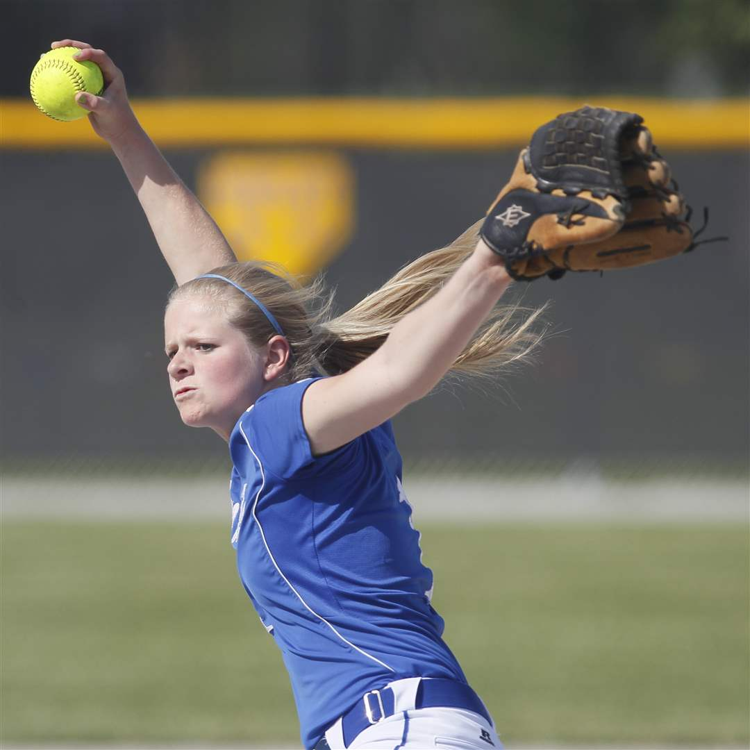 Springfield-s-Bre-Buck-1-pitches-against-Sylvania-Southview
