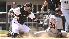 Chicago-White-Sox-catcher-A-J-Pierzynski-left-tags