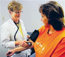 nurse-practitioners-can-check-blood-pressure