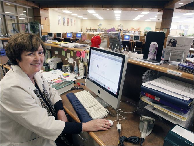 Local districts cut librarians to help save costs Cindy Bramson, librarian at Maumee High School, is losing her job after 33 years because of budget-balancing moves.