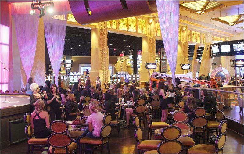 Final cut hollywood casino toledo ohio casino resort industry analysis