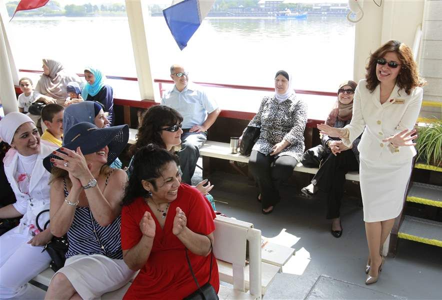 cruise-turns-maumee-into-international-waters