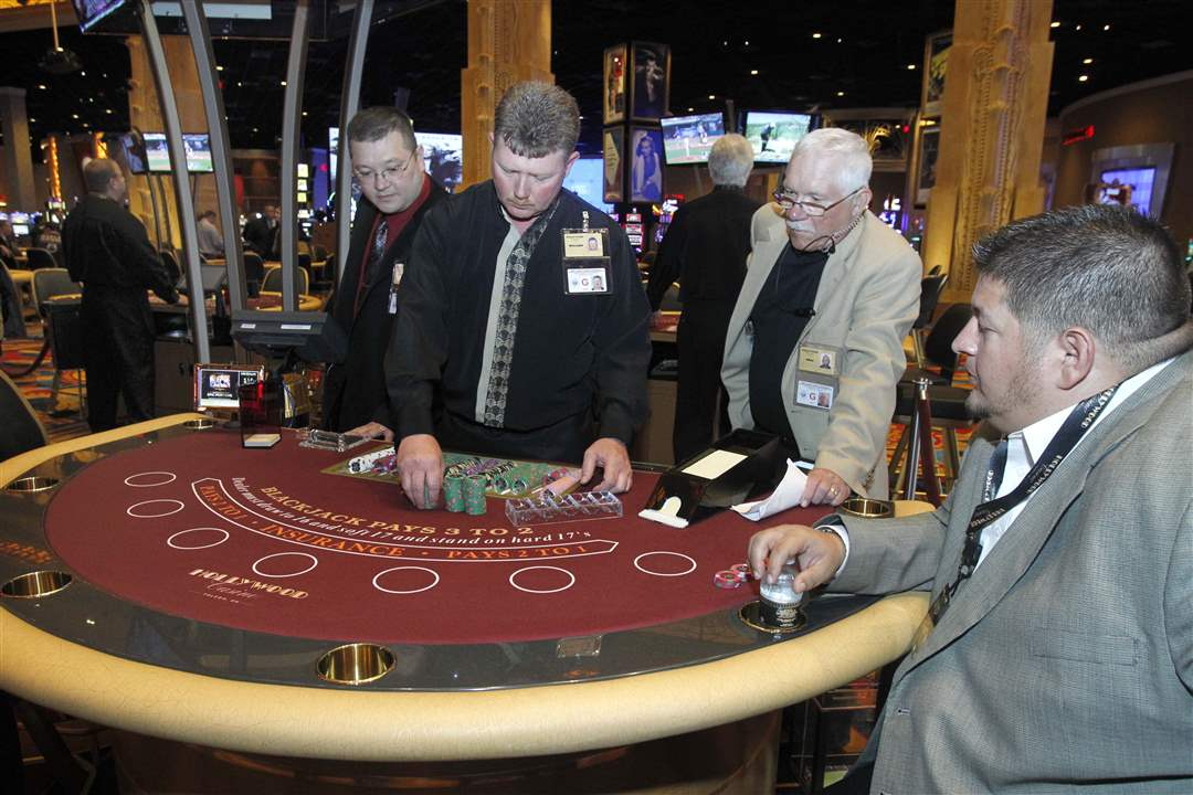 Casino-open-Cameron-Sell-Roach-black-jack