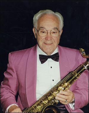 The late Johnny Knorr, bandleader and founder of the Johnny Knorr Orchestra, will be honored with a tribute concert Sunday.