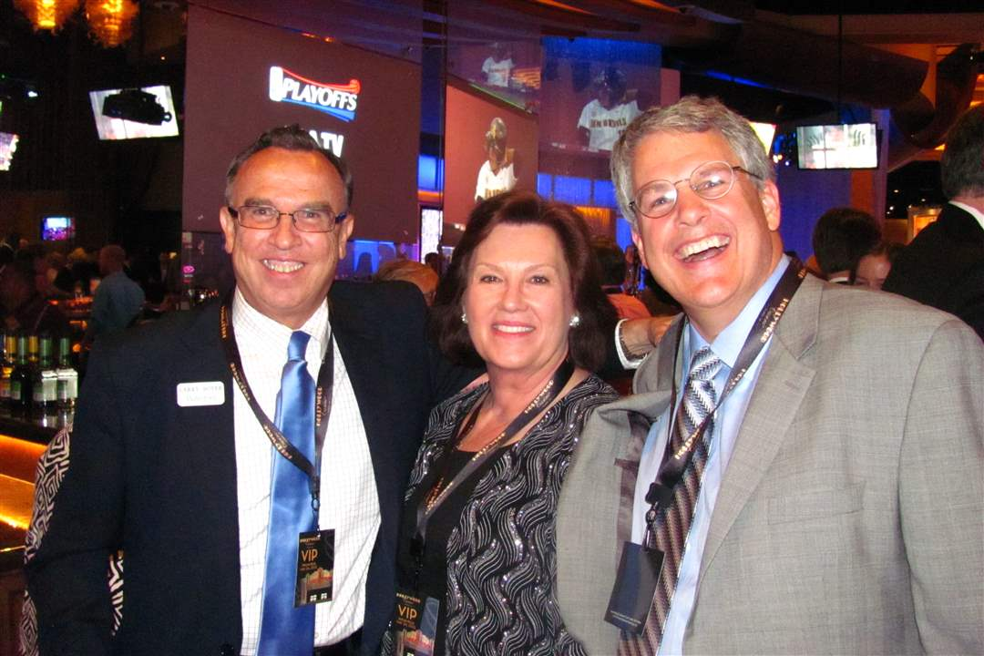 casino-VIP-Larry-Boyer-with-Ford-and-Cyndy-Weber