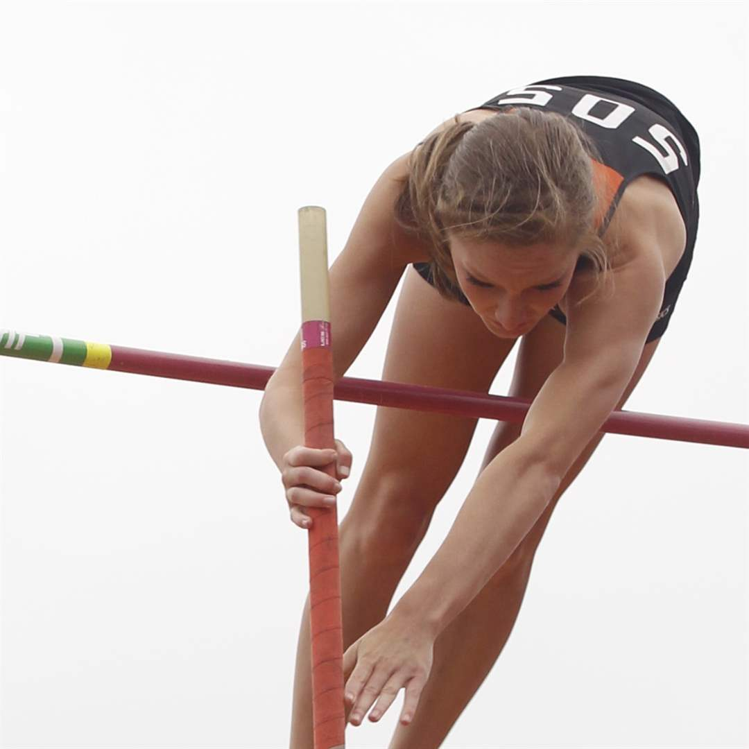 pole-vault-12-feet-4-inches-North-Baltimore-Amanda-Hotaling