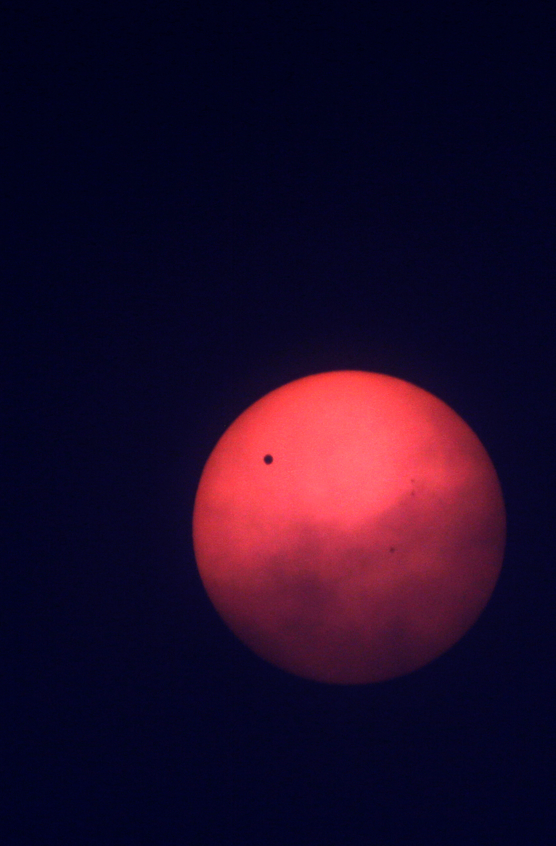 Venus traveling across sun reminds Earthlings of solar ...