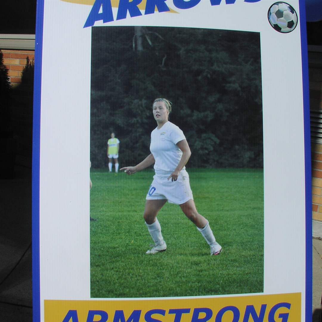 Armstrong-Soccer