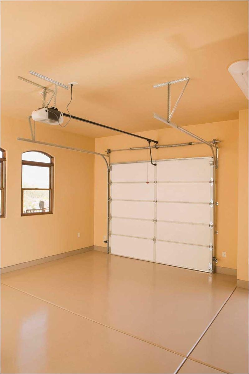 Maintain your garage door toledo blade - Overhead door of toledo ...