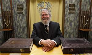 Rabbinic-giant-to-step-down-after-37-years-at-local-synagogue