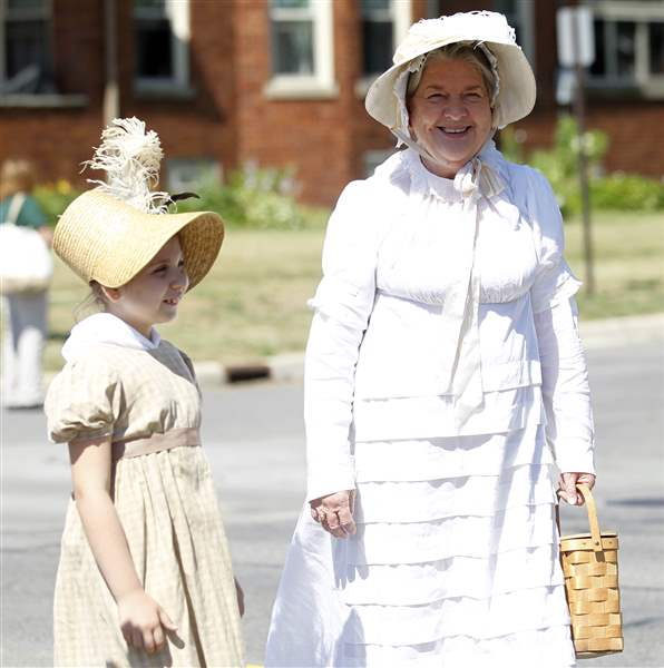 Gillian-Draft-9-and-Jeanne-Micka-dress-in-period-costume