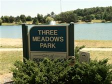 Three-meadows-park-sign