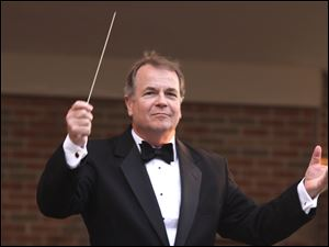 Bruce Moss will conduct the Music Under the Stars concert at 7:30 p.m. Sunday in the Toledo Zoo Ampitheatre.