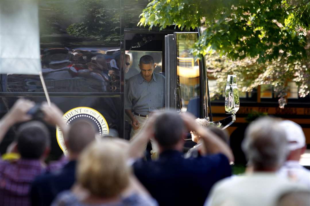 obama-sandusky-bus