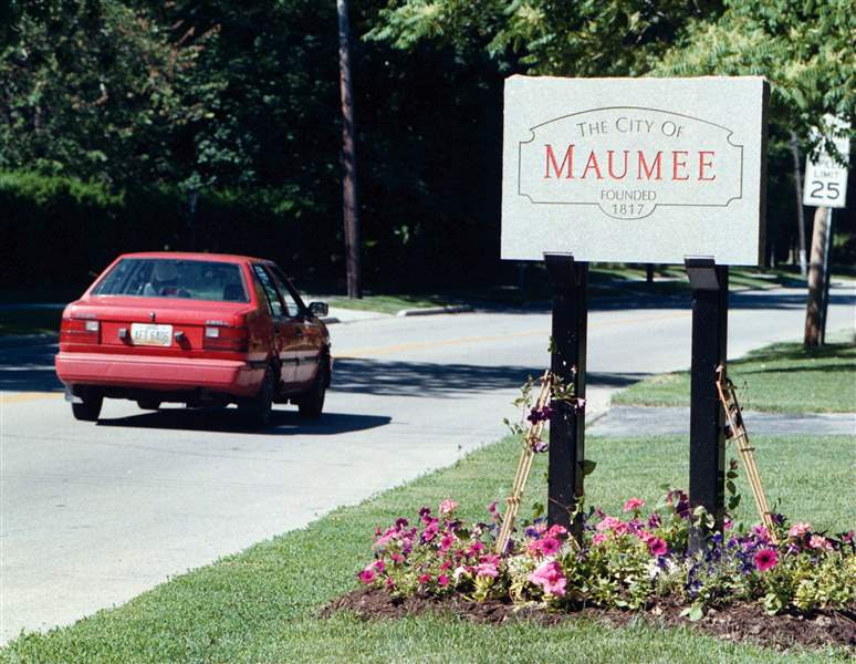 NBR-MAUMEE-SIGN