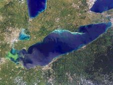 lake-erie-algae-3