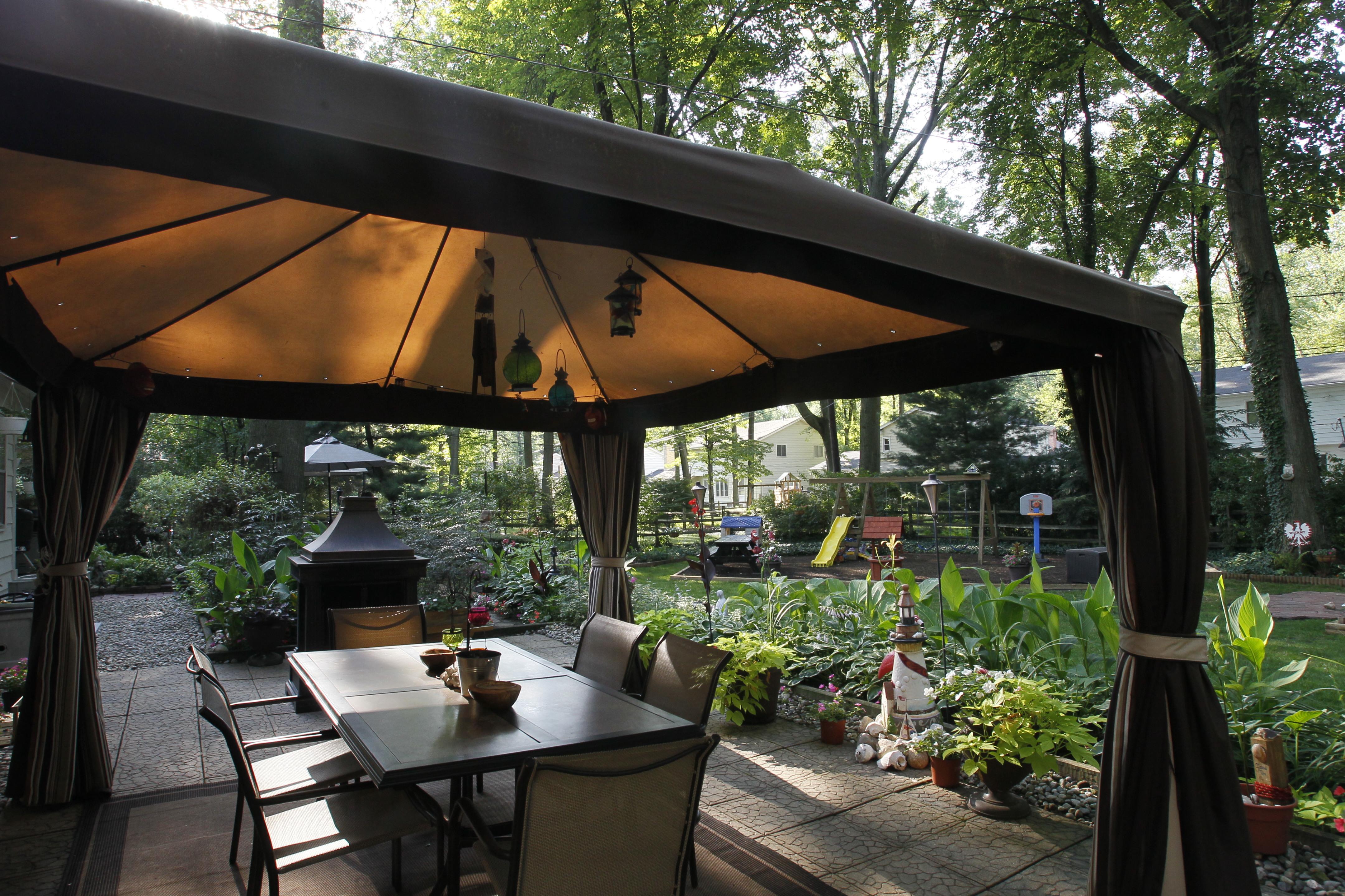 Luke D. Mazur: Hard work in garden pays off - The Blade on Landscape Your Backyard id=78982