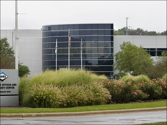 BIZ rogerwood-sales Maumee-based auto parts manufacturer Dana Holding Corp. on Thursday reported strong earnings of $86 million, or 40 cents a share, up 26 percent from $68 million, or 32 cents a share, in the second quarter of last year. Sales were virtually unchanged from last year at $1.95 billion.