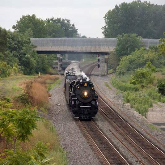 Steam-engine-of-the-Fort-Wayne-Railroad-Historical-Society
