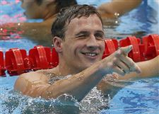 Ryan-Lochte-reacts-after-winning-the-400-meter