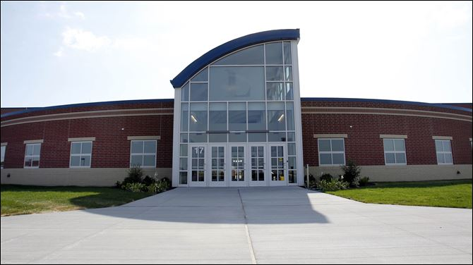 lake school Th e $25.5 million Lake High School is scheduled to open for classes on Aug. 21.