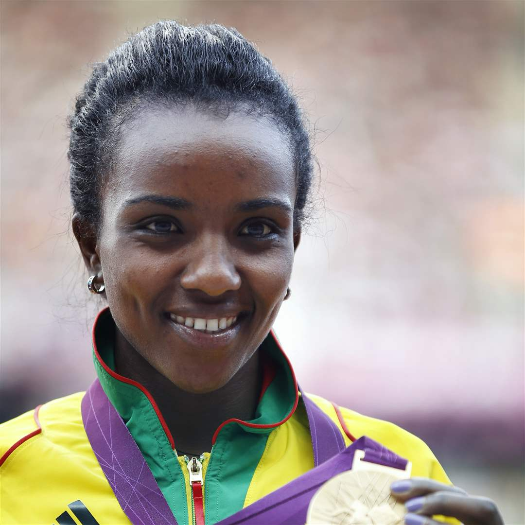 Ethiopia-s-Tirunesh-Dibaba-poses-for-a