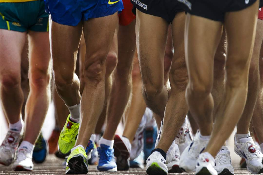 Athletes-compete-in-the-20-kilometer-race