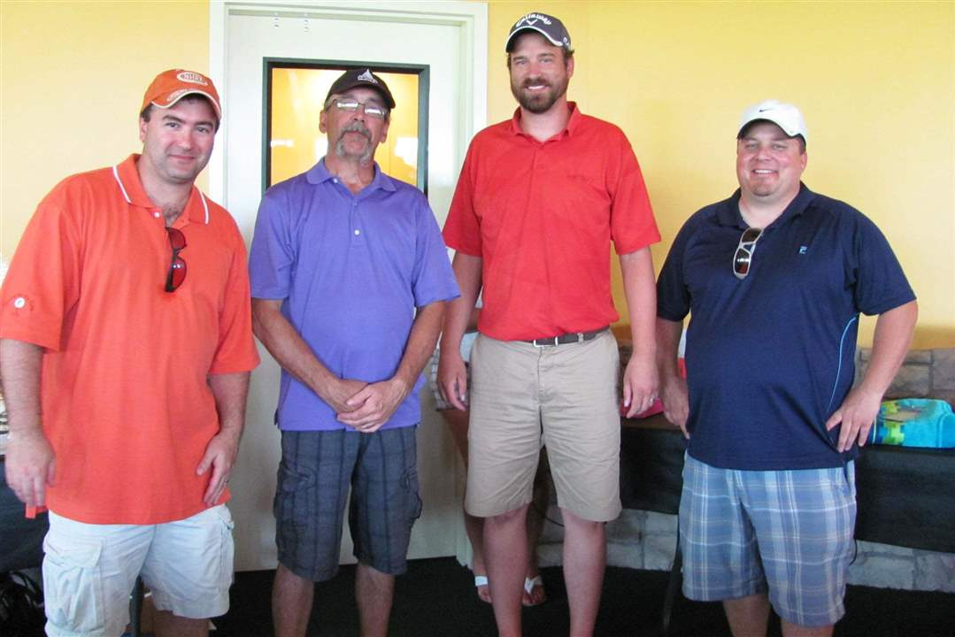 Second-place-winners-of-the-Heartbeat-Golf-Outing