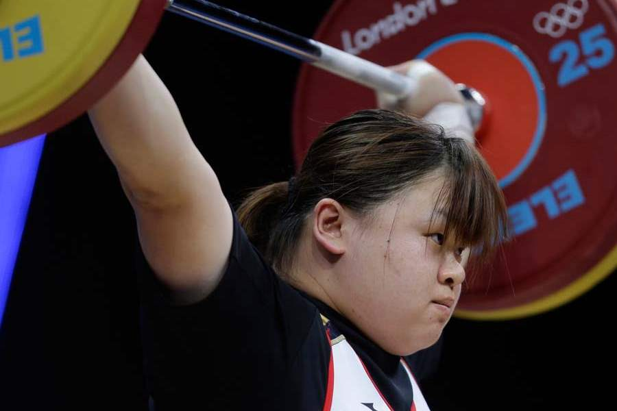 London-Olympics-Weightlifting-Women-1