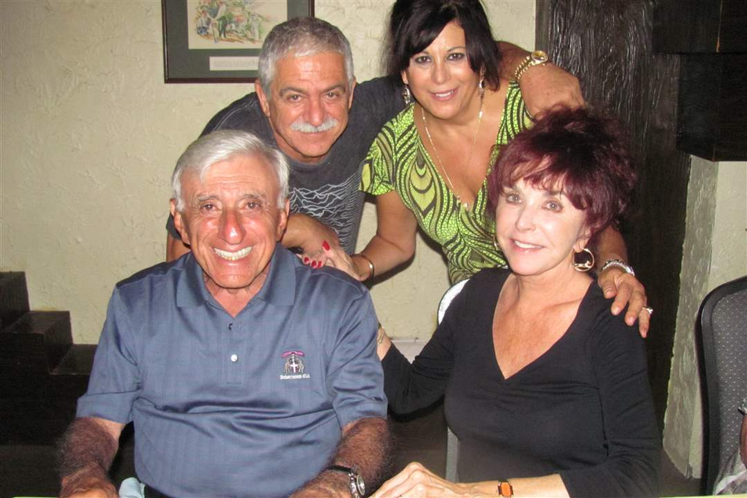 Jamie-Farr-at-the-Beirut-restaurant-1
