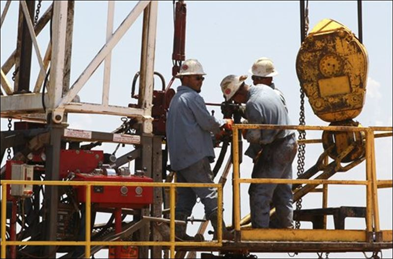 Get down to business on a drilling rig near calumet, okla. oklahoma