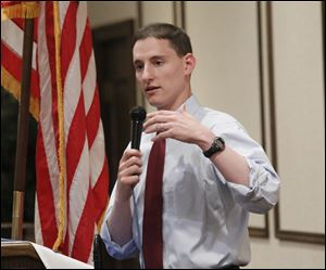 A video of U.S. Senate candidate Ohio Treasurer Josh Mandel showing him speaking with a slightly Southern inflection has made it's way across the Internet.