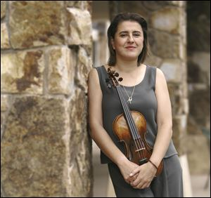 Violinist Nadja Salerno-Sonnenberg is slated to perform Feb. 2 at UM's Rackham Auditorium.