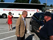 Ted-Strickland-bus-tour