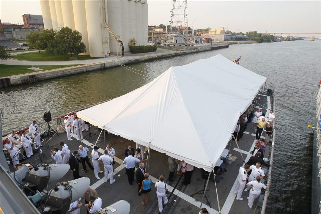 Navy-Week-De-Wert-tent