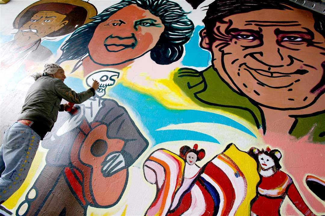 Broadway-murals-Torero-assist