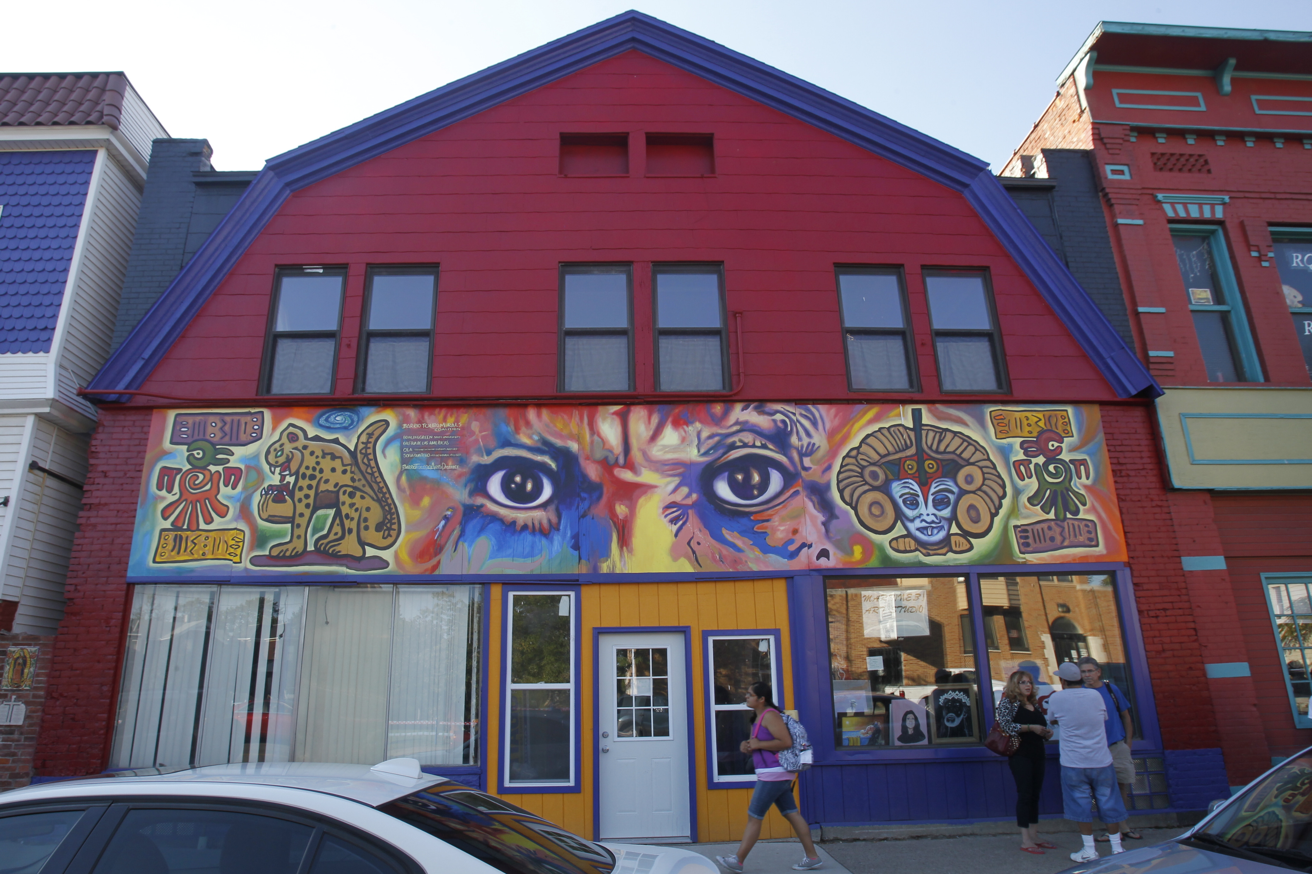 dazzling murals light up old south end the blade