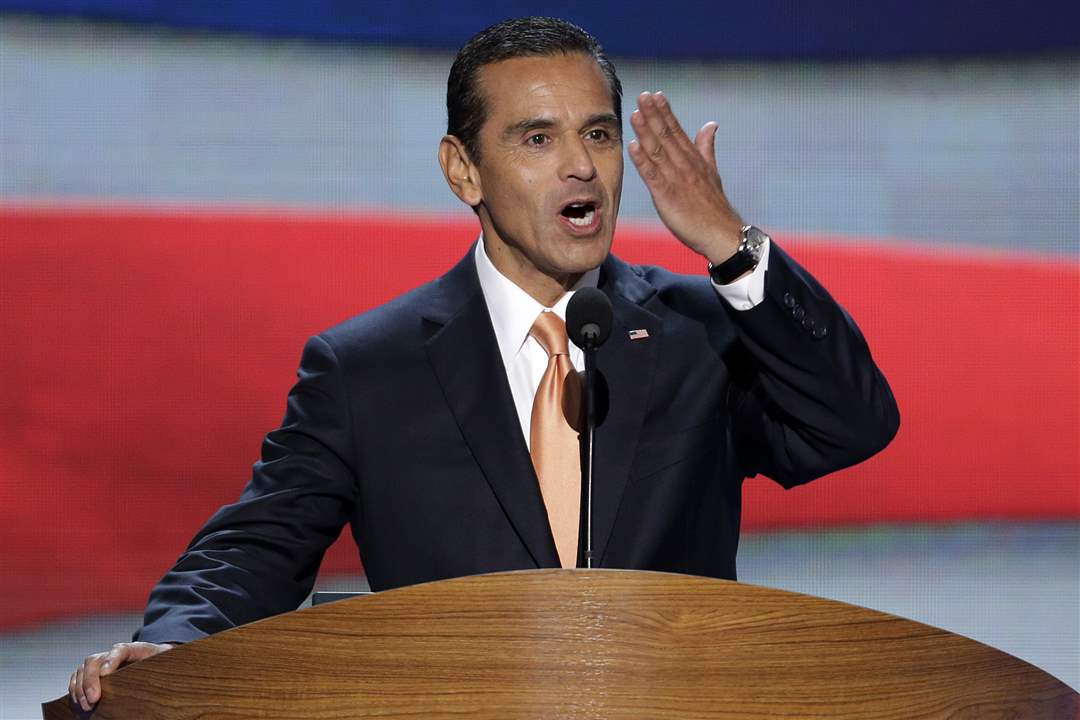 Democratic-Convention-Antonia-Villaraigosa