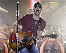 Music-CMA-Awards-Nominations-Eric-Church
