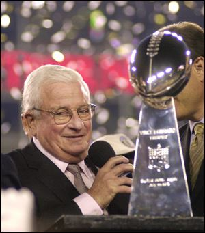 Baltimore Ravens owner Art Modell is seen with the Vince Lombardi Trophy after the Ravens beat the New York Giants 34-7 in  Super Bowl XXXV Jan. 28, 2001.